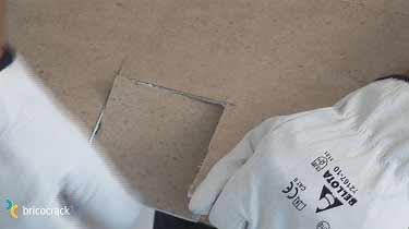 8. Instalar placas de vinilo para paredes