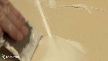 Instalar losetas de vinilo en suelos 2