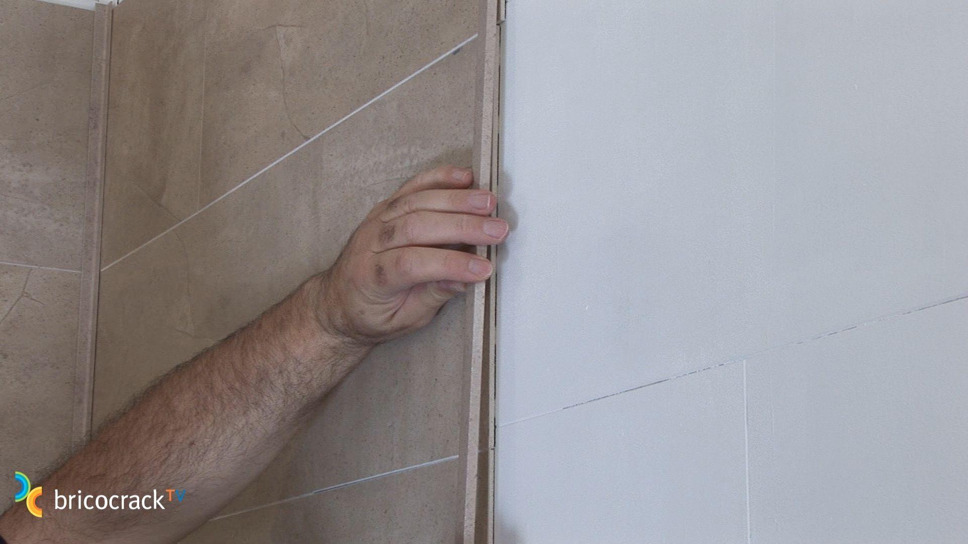 Instalar placas de vinilo para paredes bricocrack - Placas para paredes ...