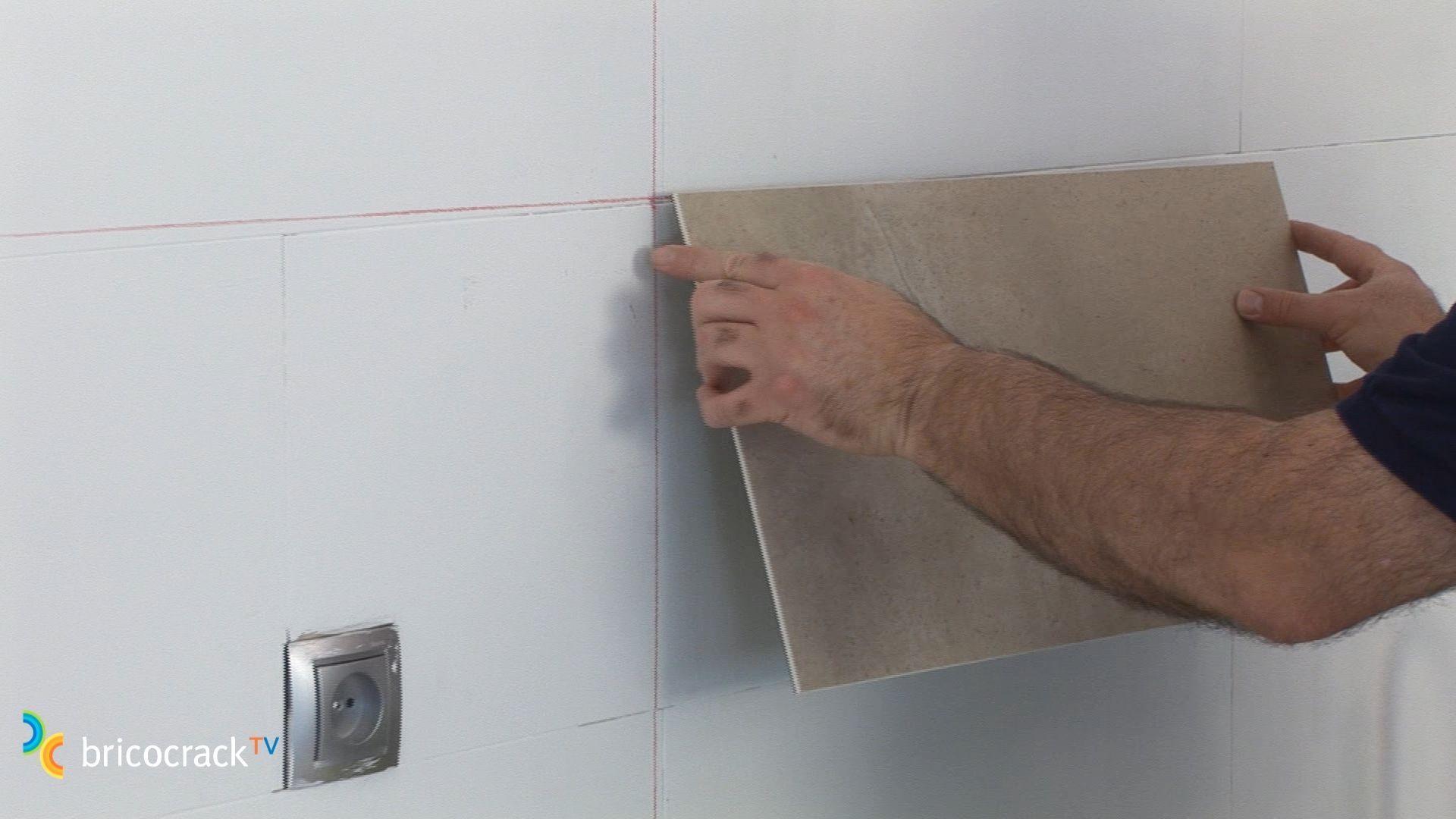 Instalar placas de vinilo para paredes bricocrack for Placas pvc para paredes