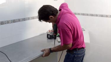 Instalar placa de cocina y horno. Paso 2