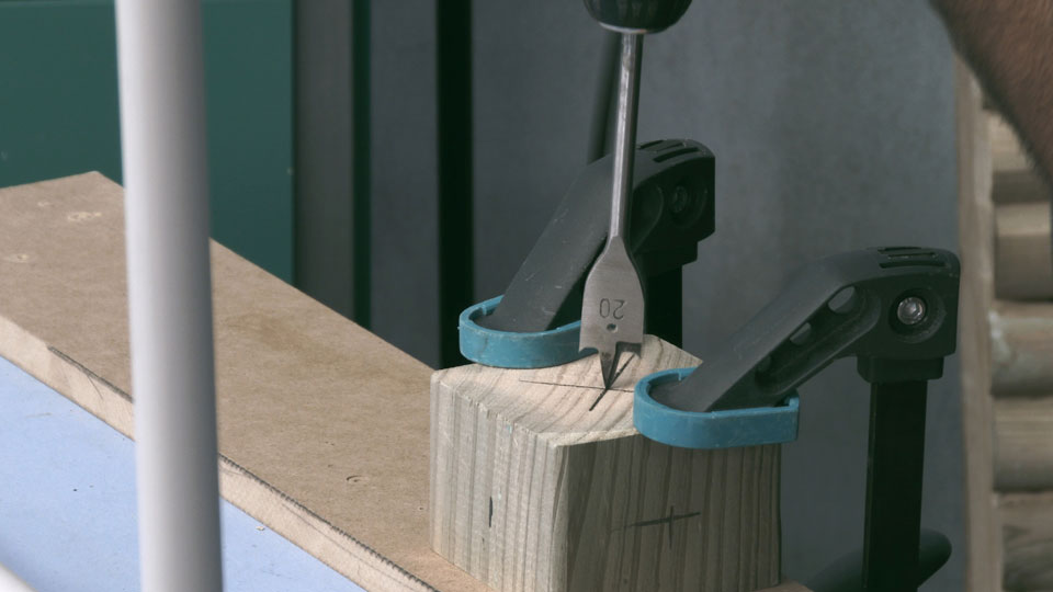 construir agility _ taladrar palos slalom