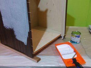 Poner-papel-pintado-sobre-formica_Bricocrack_04