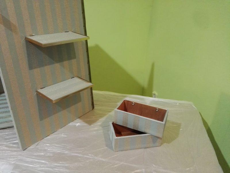 papel pintado sobre formica _ rodillo tapajuntas