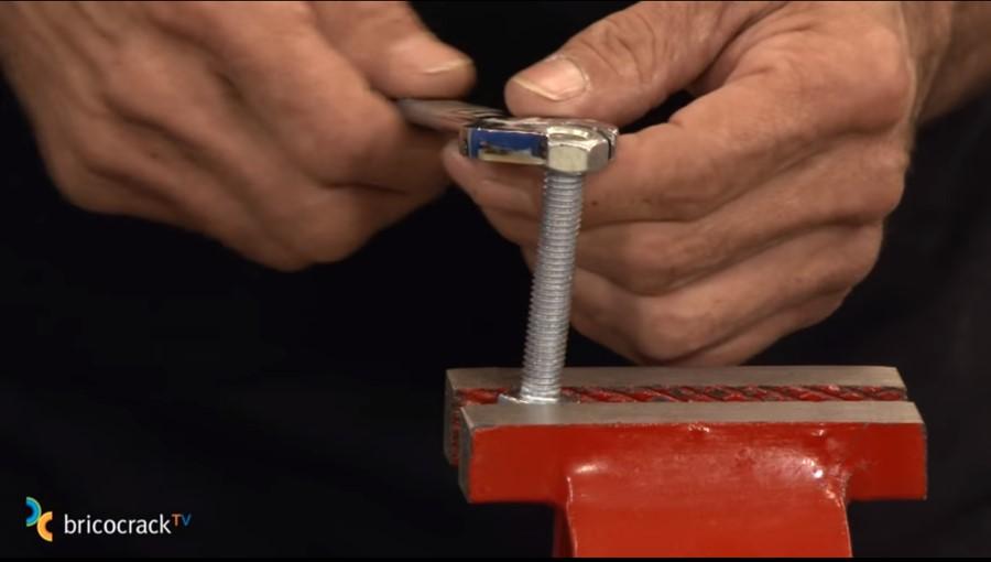 cortar y reparar varilla roscada _ limpiar hilos rosca