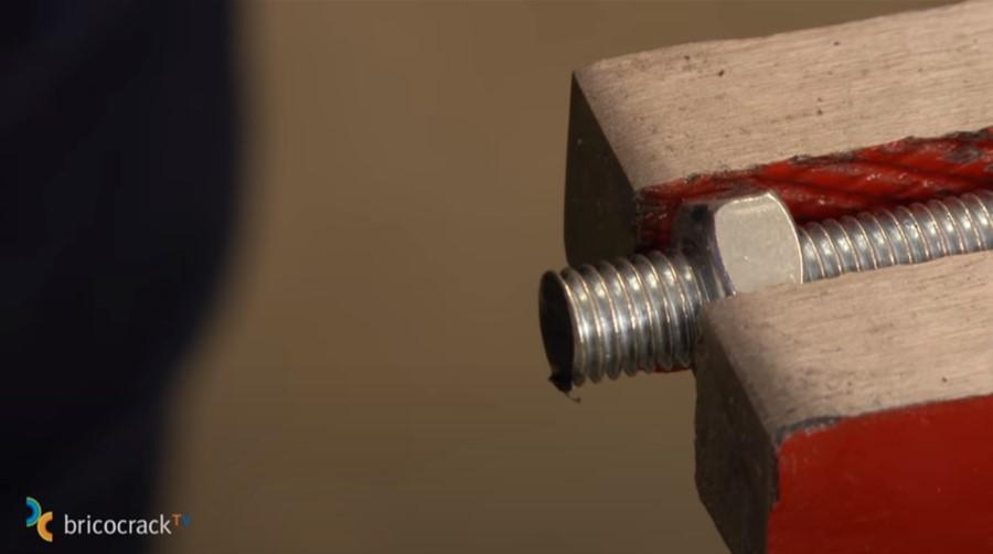 cortar y reparar varilla roscada _ limpiar rebabas